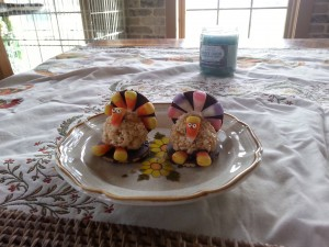 Turkeys made from rice krispies and candy corn. How creative!